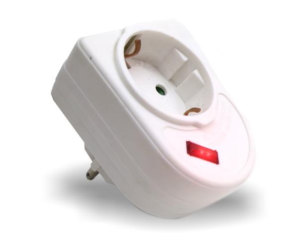 Überspannungsschutz Stecker mit Steckdose und LED Anzeige 230V 3520W