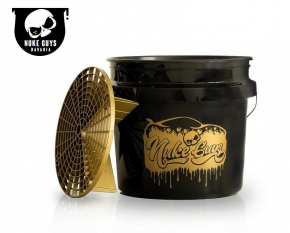 Nuke Guys Golden Bucket Set GritGuard Wascheimer 3.5 Gallonen mit GritGuard Eiimereinsatz in Gold