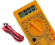 Digital-Multimeter Messgerät mit Messkabel und Prüfspitzen